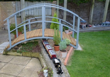 ... Japanese Garden Bridge Setting. Japanese_garden_bridge_at_Norwich  Model_railway_japanese_garden_bridge